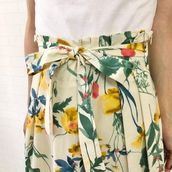 Crespi - フラワーパターン ウエストリボン付のプリーツスカート