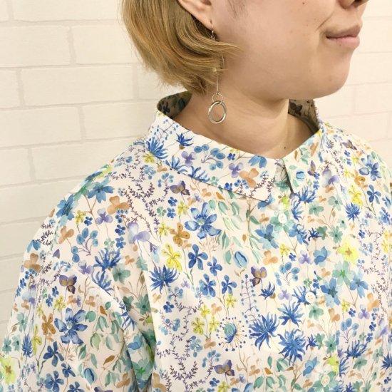 Parkes - ワイドカラー 背中ギャザーシャツ(リバティコレクション)