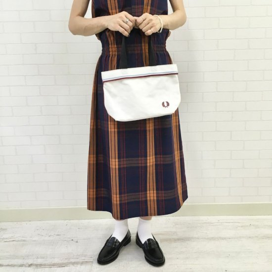 FRED PERRY - TWIN TIPPED SMALL TOTE BAG(F25000)