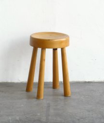 Pine wood stool[DY]