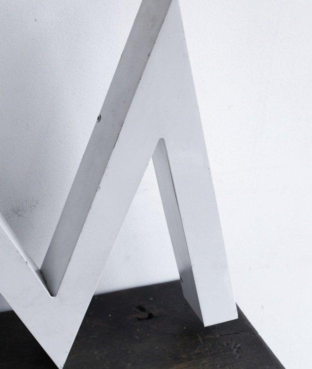 メタルサイン 【 M 】[LY]