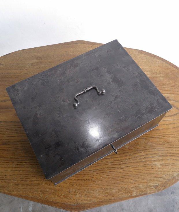 メタルボックス[AY]