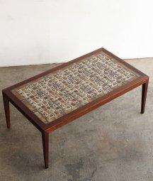 Royal copenhagen tile top table[LY]