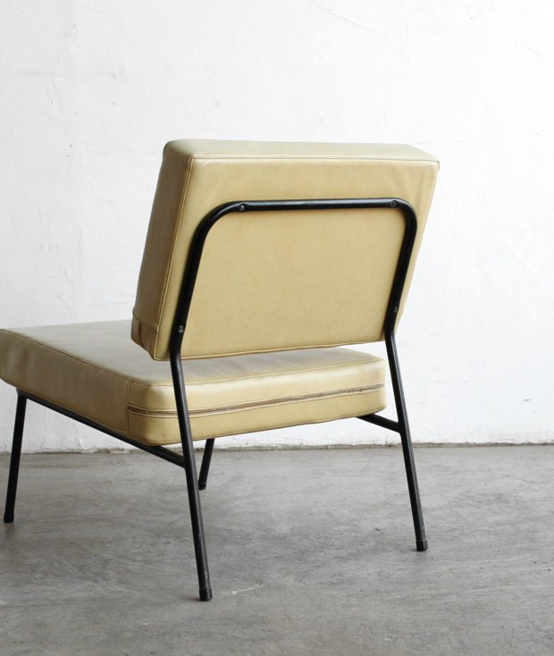 Lounge chair / Pierre Guariche [AY]