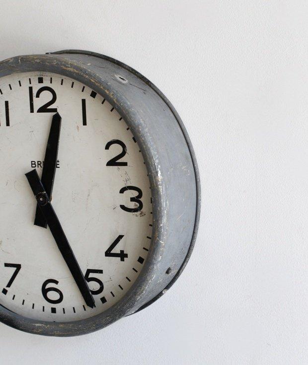 Brille 掛時計[LY]