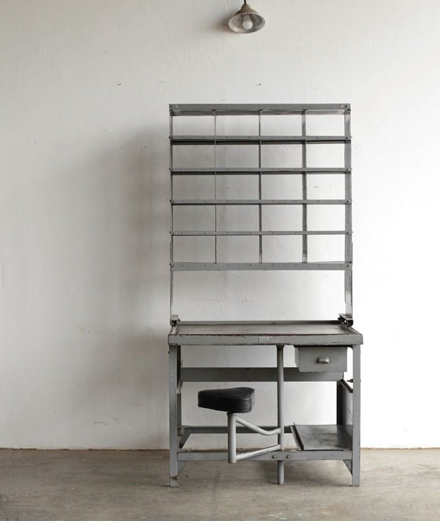 postal cabinet[AY]