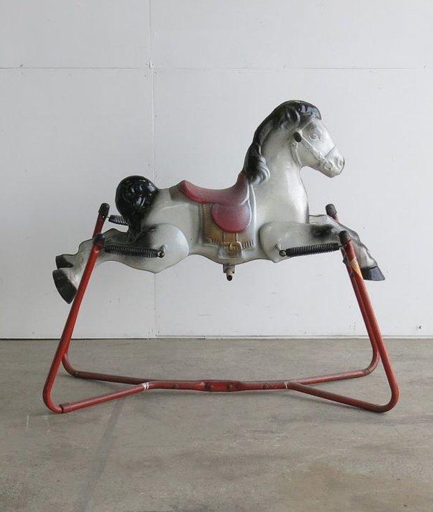 馬の乗り物