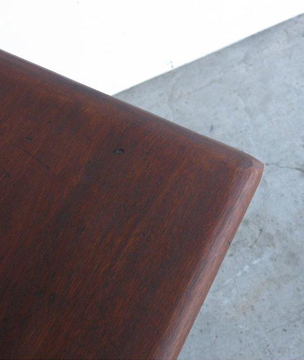 アイアンレースレッグテーブル