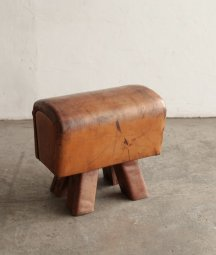 gymnastics stool[AY]