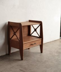Night table / Atelier Saint Sabin[LY]