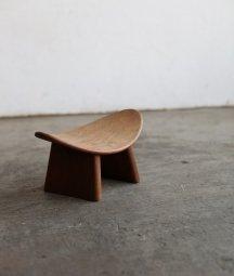 meditation bench[LY]