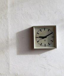 Pragotron 掛時計[LY]