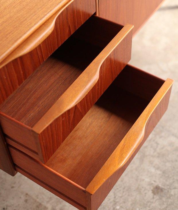 sideboard / McINTOSH[AY]