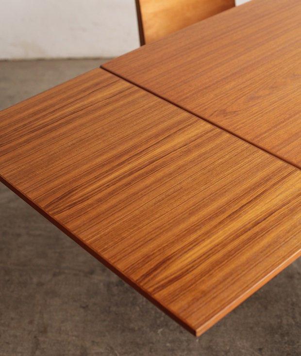 draw leaf table / Henning Kjaernulf[LY]