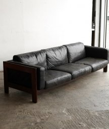 <img class='new_mark_img1' src='https://img.shop-pro.jp/img/new/icons23.gif' style='border:none;display:inline;margin:0px;padding:0px;width:auto;' />3seater sofa