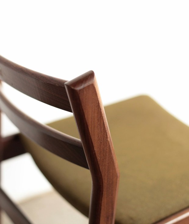 dining chair / Meredew