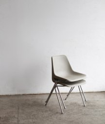 Robin Day / Hille Polyprop chair[LY]