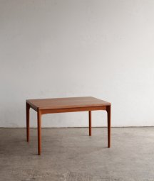 draw leaf table / Henning Kjaernulf