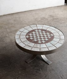 tile top table[LY]