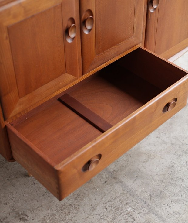 sideboard / ERCOL[LY]