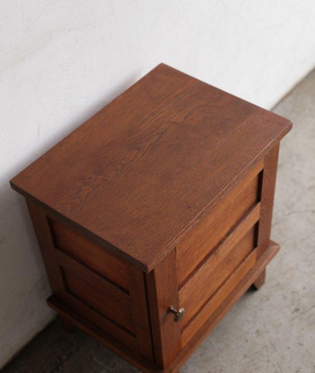 side cabinet / Rene' Gabriel [AY]