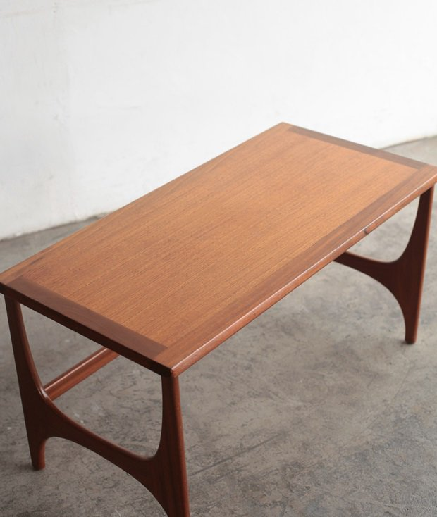 Stonehill coffee table[LY]