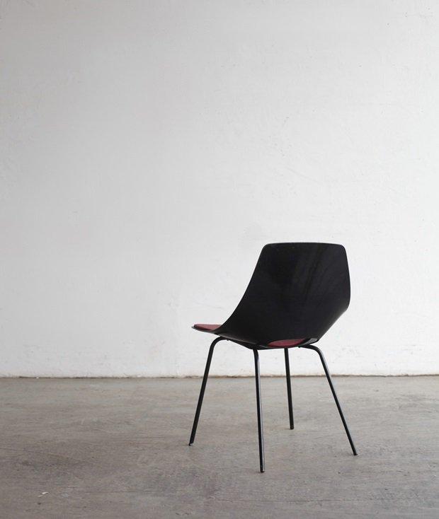 Tonneau chair / Pierre Guariche[DY]