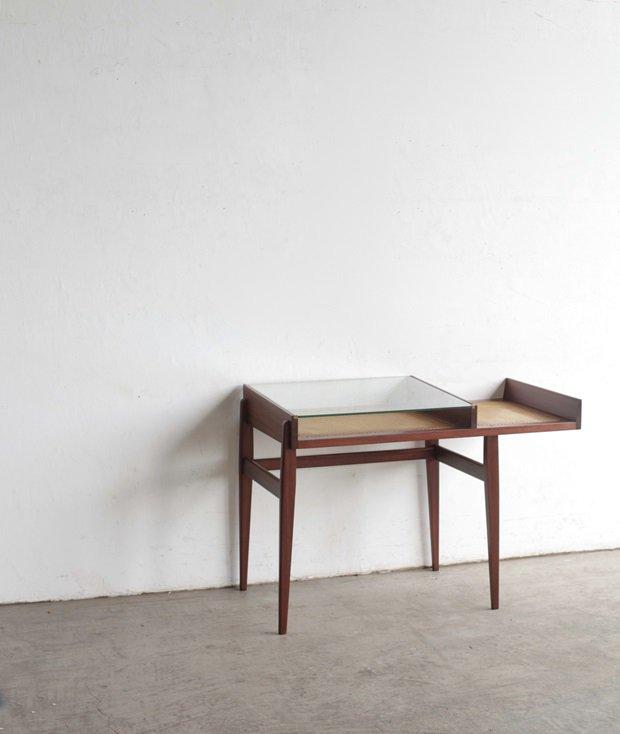desk / Roger Landault[DY]
