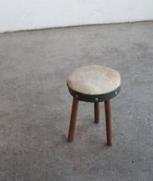 hide stool[LY]