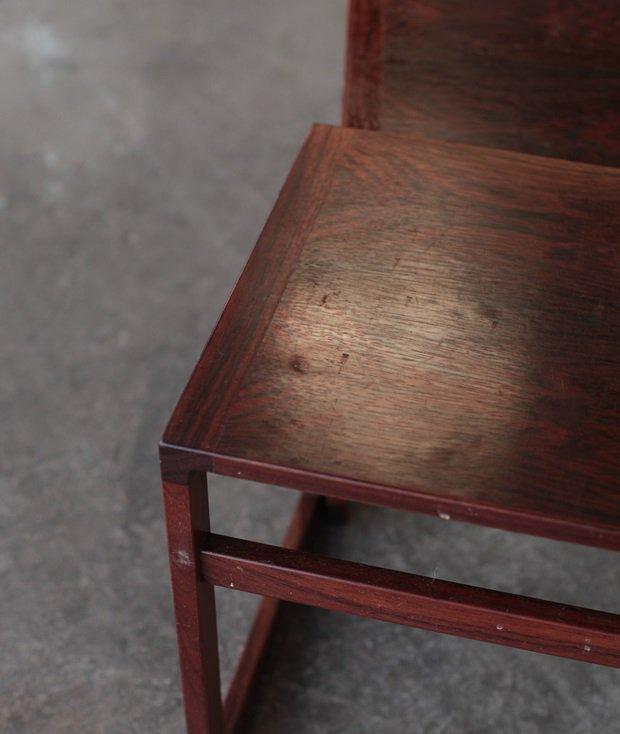 nest table / VM Møbler[LY]