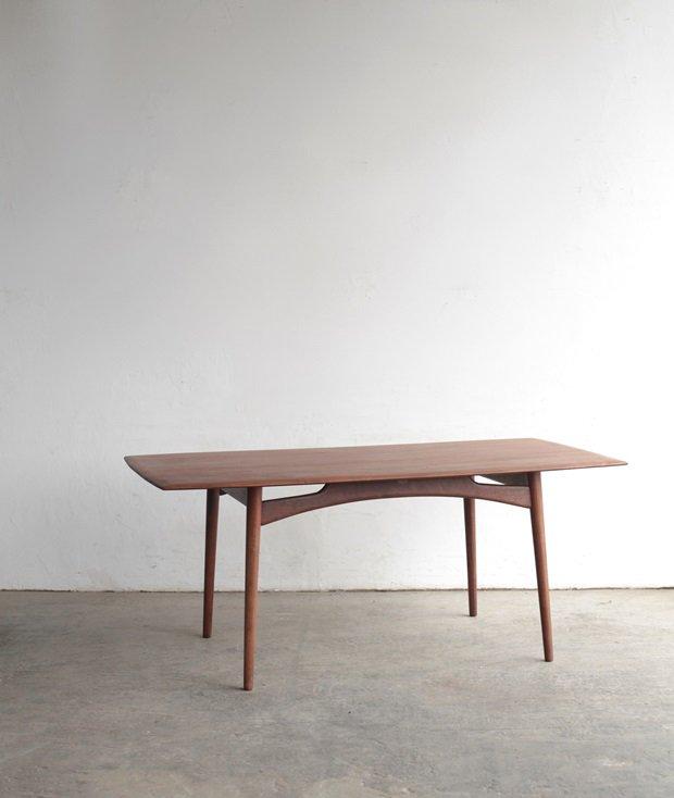 dining table / Dalescraft[AY]