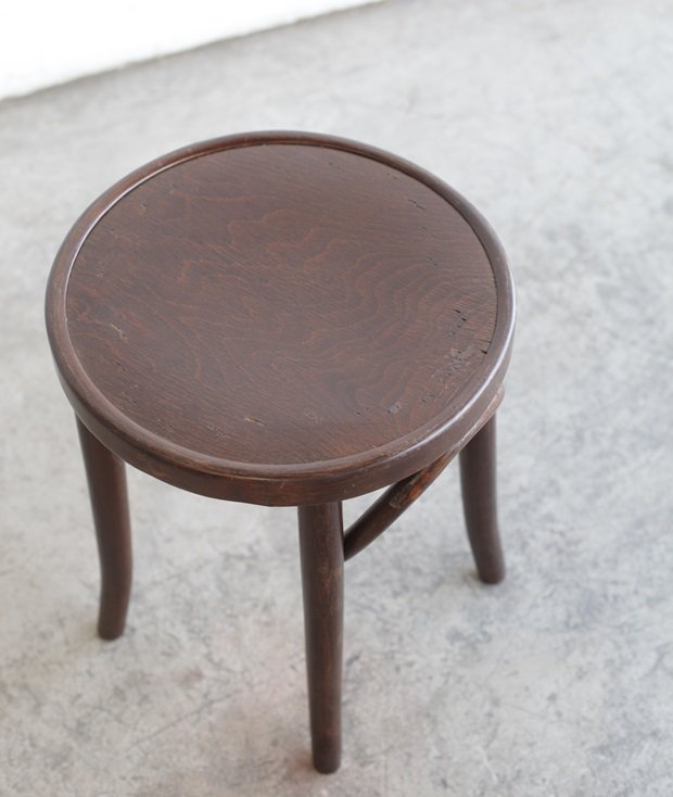 bent wood stool[AY]