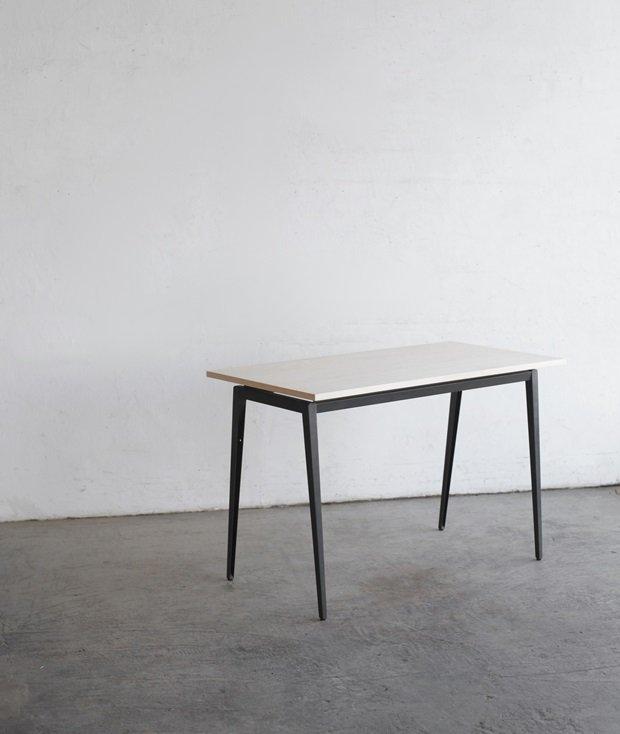 Marko desk[LY]