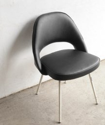 model 71 chair / Eero Saarinen[DY]