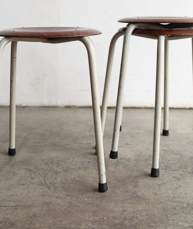 stacking stool[LY]
