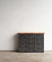 metal cabinet[AY]