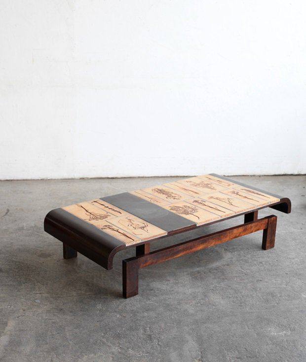 coffee table / Roger Capron