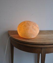 Rock lamp / Andre Cazenave
