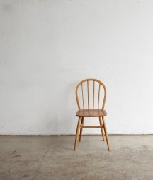<img class='new_mark_img1' src='https://img.shop-pro.jp/img/new/icons23.gif' style='border:none;display:inline;margin:0px;padding:0px;width:auto;' />windsor chair[DY]