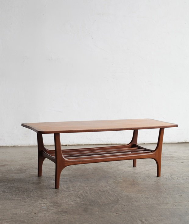 center table[LY]