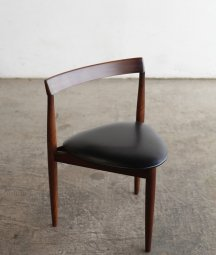 <img class='new_mark_img1' src='https://img.shop-pro.jp/img/new/icons23.gif' style='border:none;display:inline;margin:0px;padding:0px;width:auto;' />dining chair / Hans Olsen[DY]