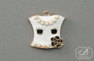 デコレーション金具 ホワイト 洋服型
