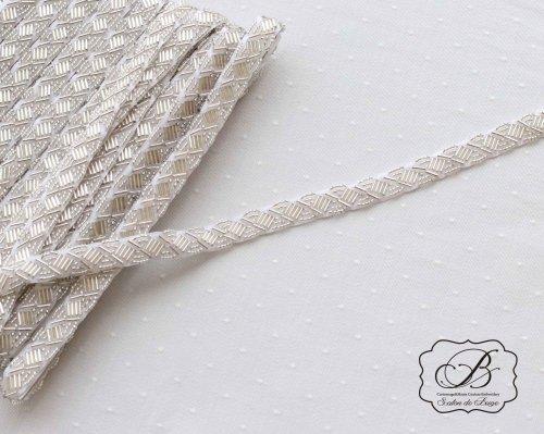 竹ビーズ刺繍ブレード