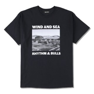 【WIND AND SEA】<br>WDS (BULLS) PHOTO T-SHIRT