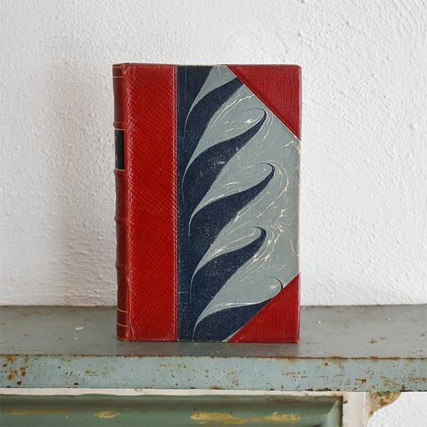 デンマーク 北欧 アンティークブック 古い洋書 ディスプレイ019