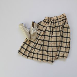 <img class='new_mark_img1' src='https://img.shop-pro.jp/img/new/icons20.gif' style='border:none;display:inline;margin:0px;padding:0px;width:auto;' />airy check skirt