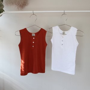 <img class='new_mark_img1' src='https://img.shop-pro.jp/img/new/icons20.gif' style='border:none;display:inline;margin:0px;padding:0px;width:auto;' />【40%off】 sleeveless t-shirts