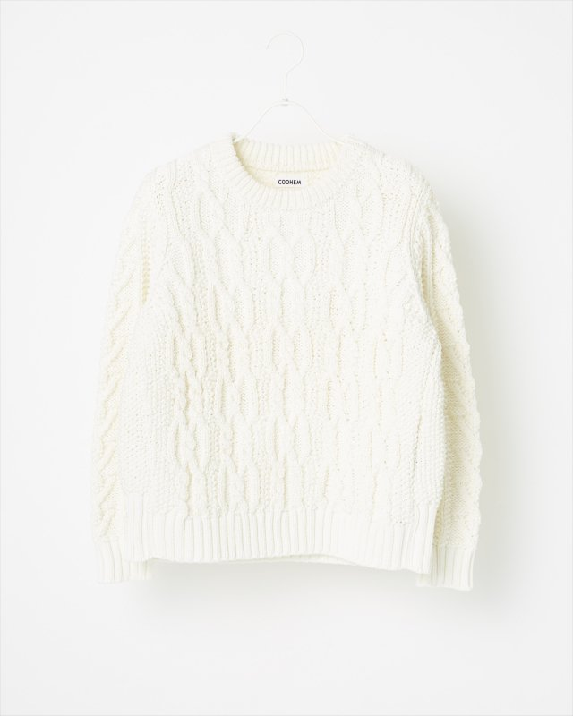 STRETCH CABLE SWEATER