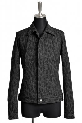 <img class='new_mark_img1' src='//img.shop-pro.jp/img/new/icons8.gif' style='border:none;display:inline;margin:0px;padding:0px;width:auto;' />Fagassent SHADE jk-dark Jacquard Stretch Denim Jacket Gray Leopard Dye with Action Pleats