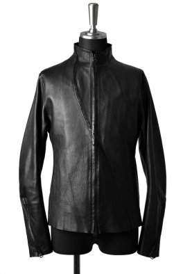 <img class='new_mark_img1' src='https://img.shop-pro.jp/img/new/icons8.gif' style='border:none;display:inline;margin:0px;padding:0px;width:auto;' />Fagassent - Lizard leather crawling Leather Stand Collar Jacket-